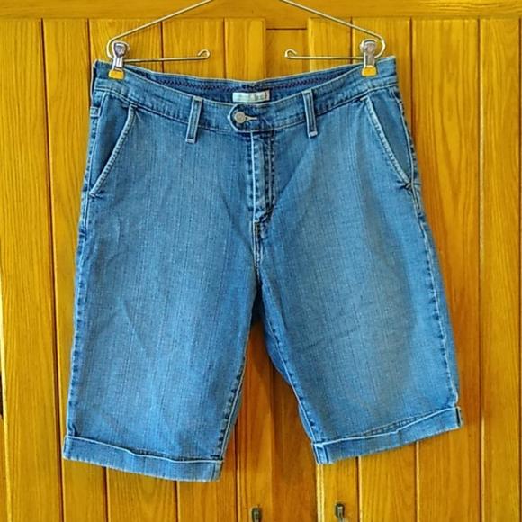 Authentic Levi's 515 Jean Shorts